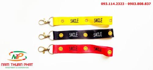 Dây đeo móc khóa Smile 8
