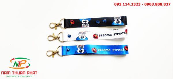 Dây đeo móc khóa Seasame street 1