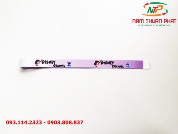 Dây đeo thẻ satin Disney Channel 2